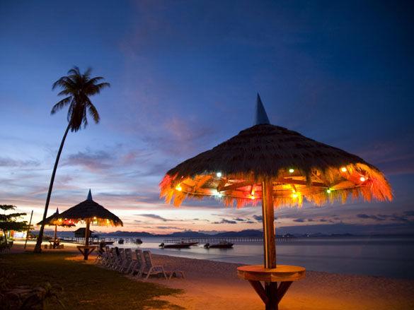 Красивый закат фото. Малазия