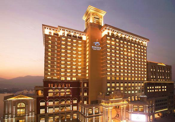 Отель Ponte 16 в Макао фото