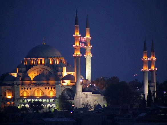 Мечеть Сулеймана ночной вид фото