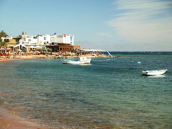 Пляж курорта Дахаб фото