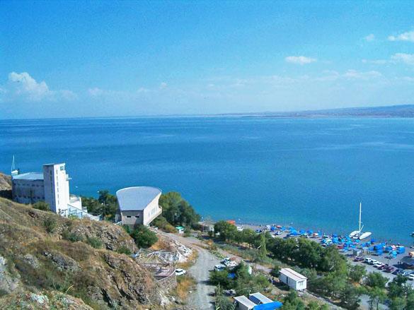 Курортный город Севан