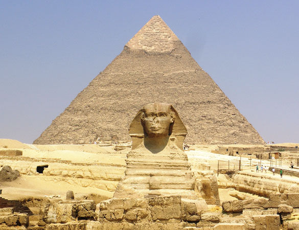 Пирамида и Сфинкс в Гизе фото